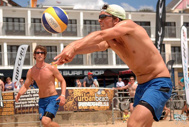 UNIVERSITIES BEACH VOLLEYBALL